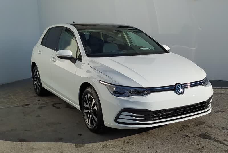 volkswagen golf 8 1.5 etsi 150cv united dsg automatic navi tetto elettrico hybrid