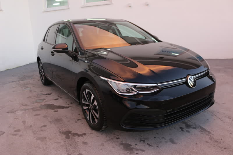volkswagen golf 8 1.5 tsi 150cv united navi led