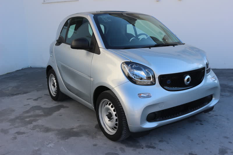 smart fortwo eq 56cv elettrica twinamic automatic navi pelle totale